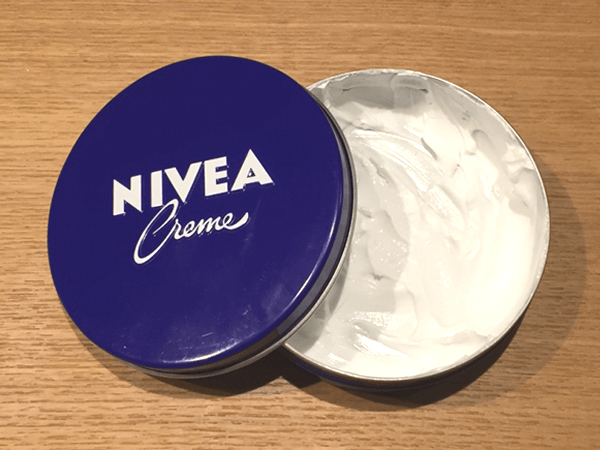 ニベア青缶クリーム